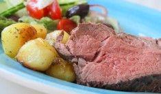 Riktigt goda frasiga potatisbakelser, Serverade med en bit oxfile tillsammans med en god sallad. För 4 personer 700- 800 gram oxfile 4 stycken avlånga smördegsplattor ( eller motsvarande smördeg på rulle) 8- 10 kokta kalla potatisar 3 msk färskost ( valfri smak) 1 ägg 1 dl riven lagradost Hemmagjord rödvinssky … Läs mer