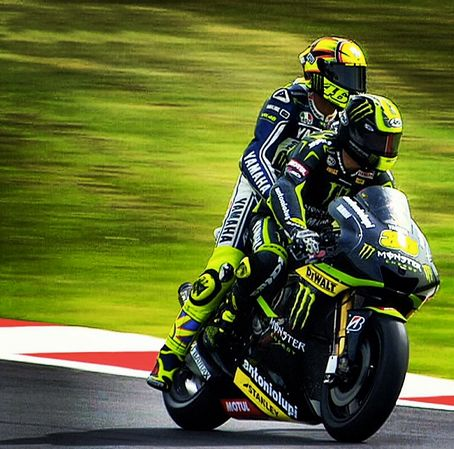 Cal gives Rossi a lift. Rossi wants to take a closer look at Cal's style.