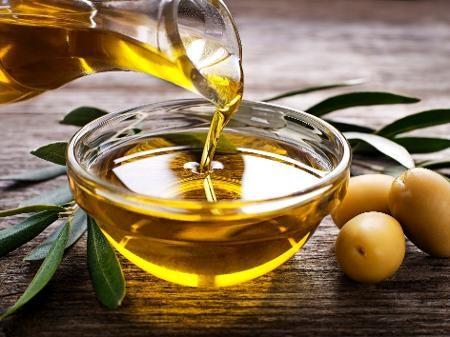 Azeite faz bem para o coração; veja mais 8 benefícios dessa gordura boa | Best cooking oil, Cooking with coconut oil, Cooking oil