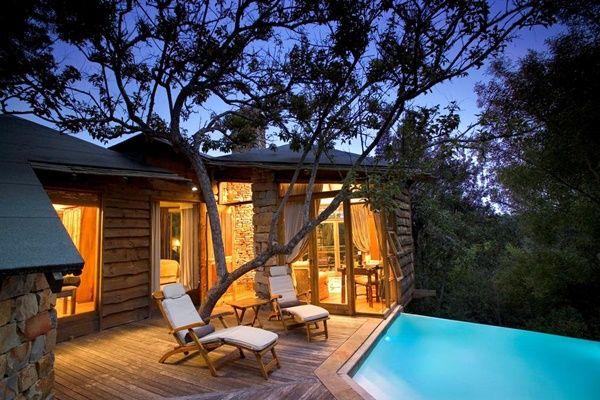 Enjoy breathtaking bush views at Tsala Treetop Lodge in Plettenberg Bay