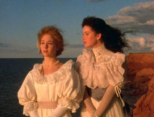 puffy sleeves!: Green Gables, Anne Girl, Greengables, Favorite Movies, Book, Anne Shirley, Bosom Friend