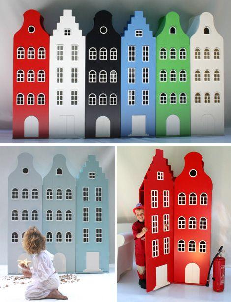 Childrens wardrobe after the dutch canal houses - Kast van een Huis