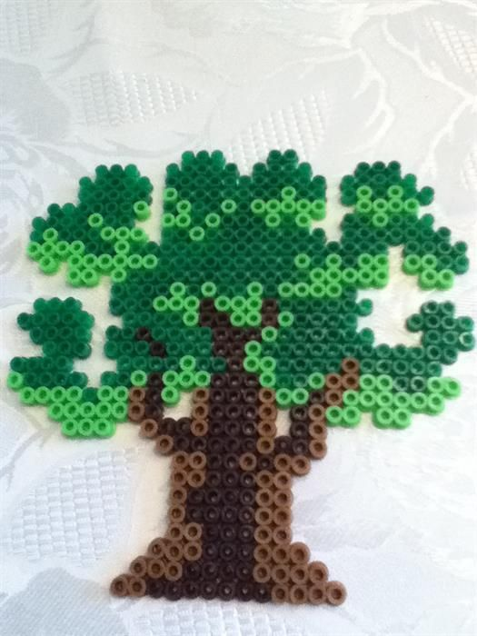 Tree perler beads by Jean O.