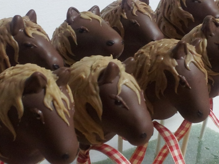 More of my Horse cake pops!