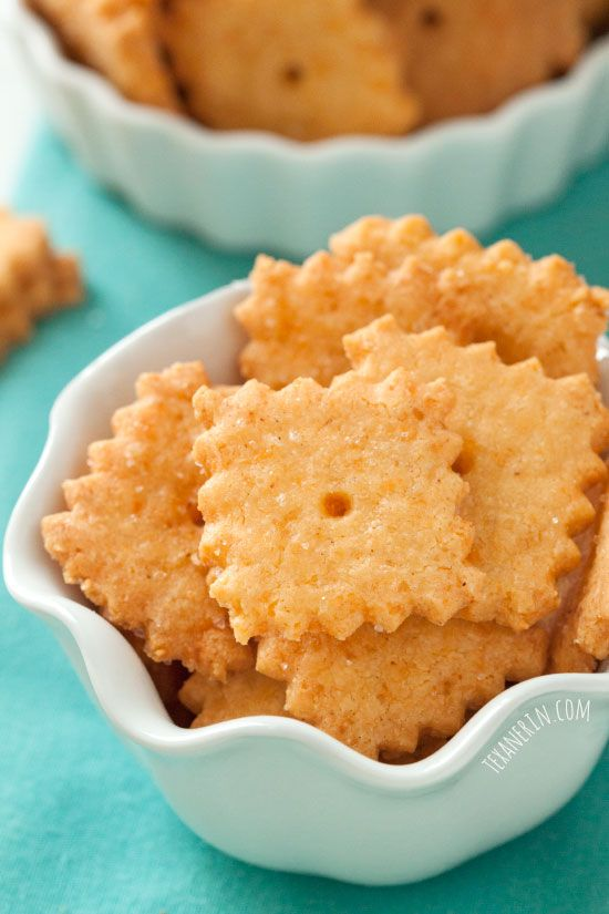 Gluten-free and Grain-free Cheese Crackers – just as addictive and the more traditional kind!
