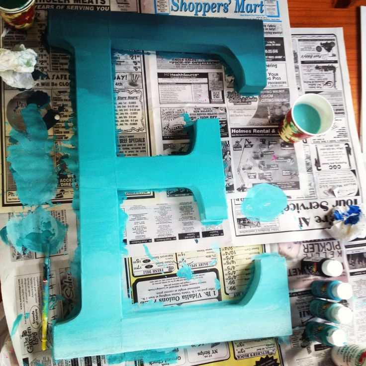 """""""Giant ombre letter for my dorm room :) I got the letter and paint at Pat Catan's! Turned out good!"""""""