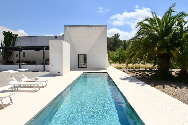 Finca Victor · Buscatells - https://www.zanibiza.com/listing/finca-victor-buscatells/ - Impressive and unique modern finca in Buscatells Beautiful modern finca in a very quiet location in the countryside not far from San Rafael and Santa Gertrudis. The property features a lap pool and a separate guest house. The main house has 2 bedrooms and 2 bathrooms, a large living area with...- Property for sale in Ibiza - ZAN ibiza real estate