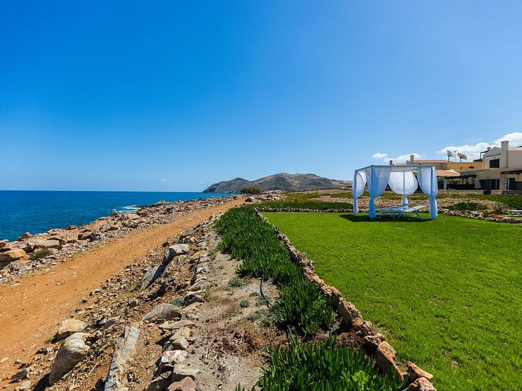 Panormos house rental - Beach 10 meters away from the apartment.