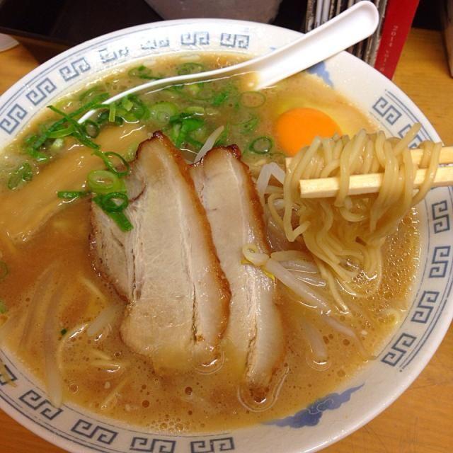 #tokushima #japon - 19件のもぐもぐ - 中華そば(小) 生たまごトッピング by maixx ใหม่