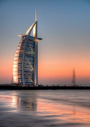世界最高級の七つ星ホテル、ブルジュ・アル・アラブに泊まる!?ドバイ旅行の観光アイデアまとめ。