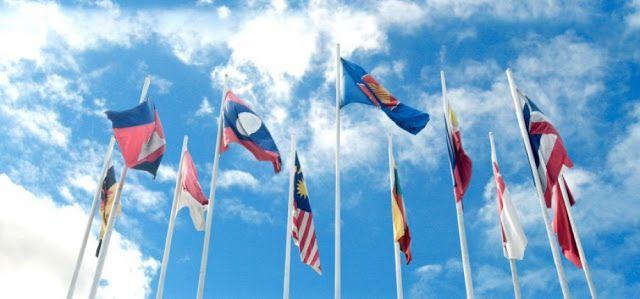 Sa Defenza: BENJAMIN FULFORD: La Mafia Khazariana offre ASEAN,...