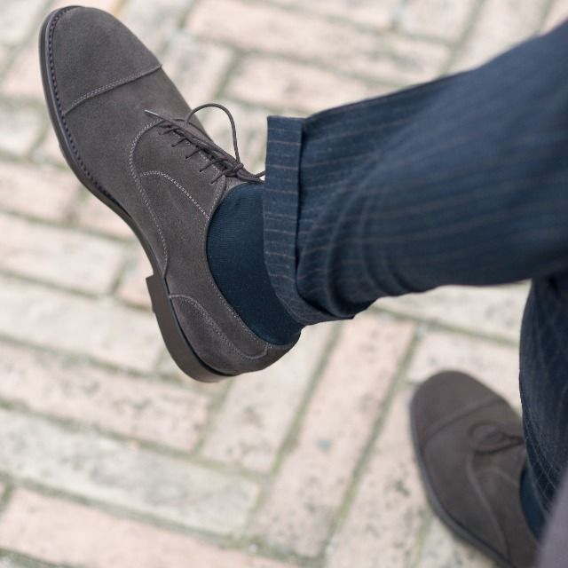 """Life is what happens while you are busy making other plans."" John Lennon  Sèlvadegh, our #oxford in grey #suede leather available online at www.velasca.com. Link in profile to #shop.  #velascamilano #madeinitaly #shoes #shoesoftheday #shoesph #shoestagram #shoe #fashionable #mensfashion #menswear #gentlemen #mensshoes #shoegame #style #fashion #dapper #men #shoesforsale #shoesaddict #sprezzatura #dappermen #craftsmanship #handmade"