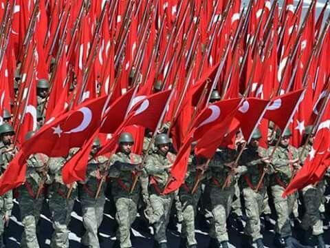 Türkiye nin Onuru Bayrağı TÜRK ASKERİ