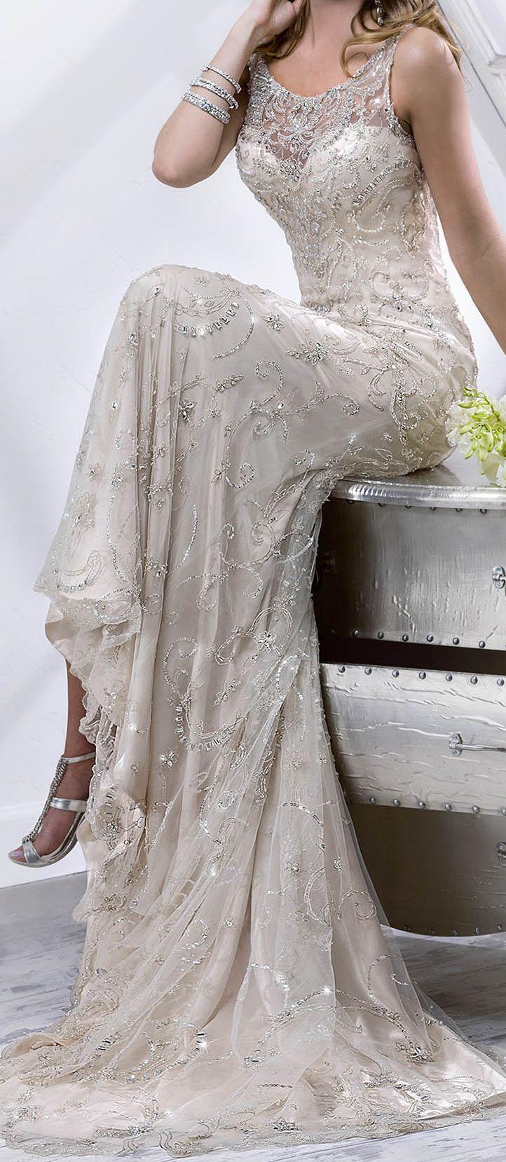 http://www.sotteroandmidgley.com/dress.aspx?style=4SS826