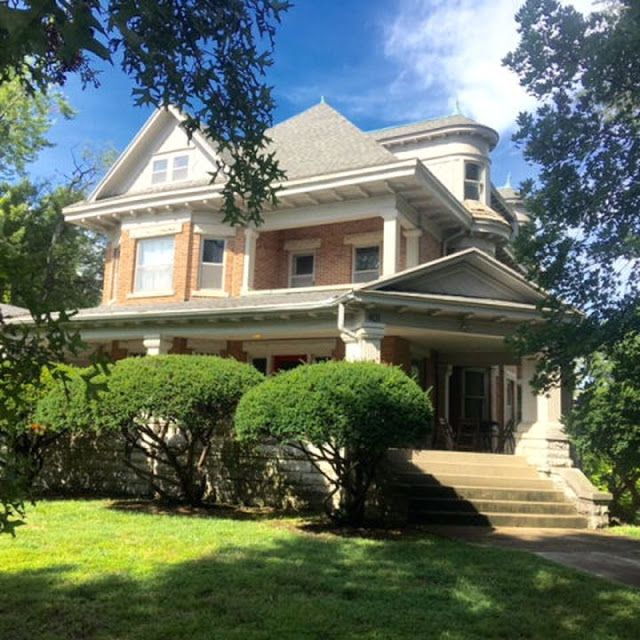 Sweet House Dreams: 1920 Victorian in Pittsburg, Kansas