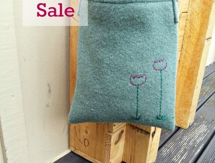Kid's Foraging Bag - Purple Flowers - SALE!! Made for little adventurers. www.cherryberry.felt.co.nz