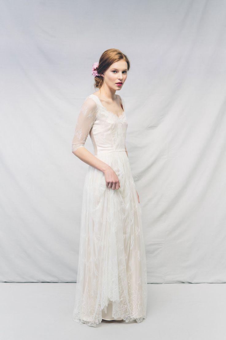 Best 25 elegant wedding gowns ideas on pinterest for Modern elegant wedding dresses