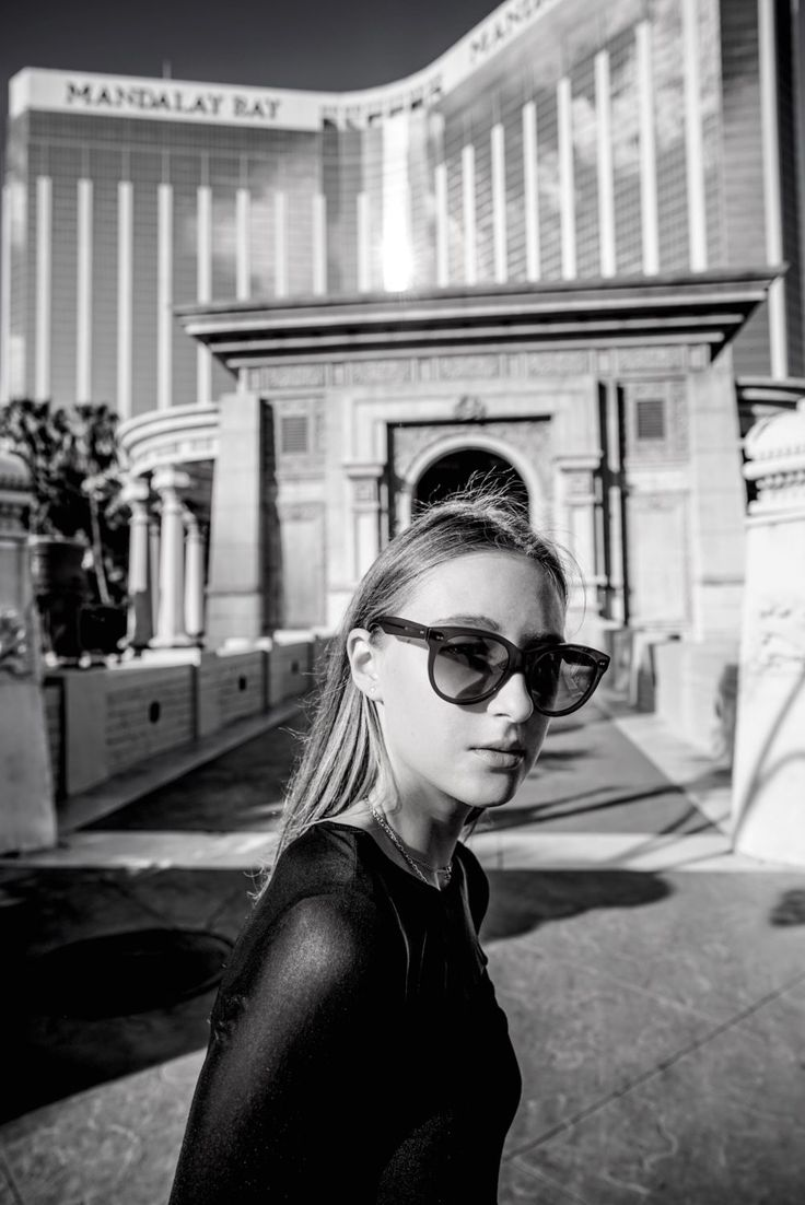 Oliver Goldsmith sunglasses  styled by Tanya Litkovska in Luxor las vegas. More on HIDEMYCOAT blog