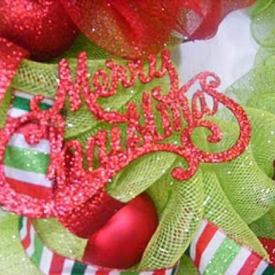 Mesh Wreath {Christmas Wreath}