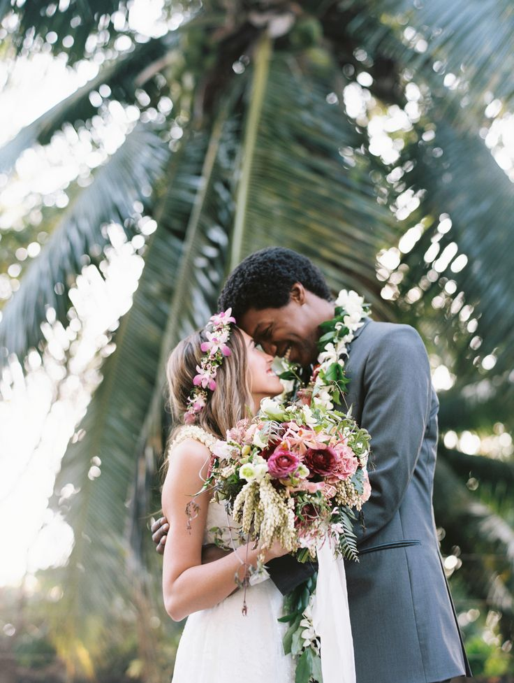 An Intimate, Tropical Wedding at the Sugarman Estate in Maui, Hawaii