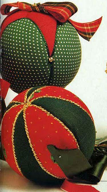 Bolas de Natal em patchwork Natal, Patchwork and Em