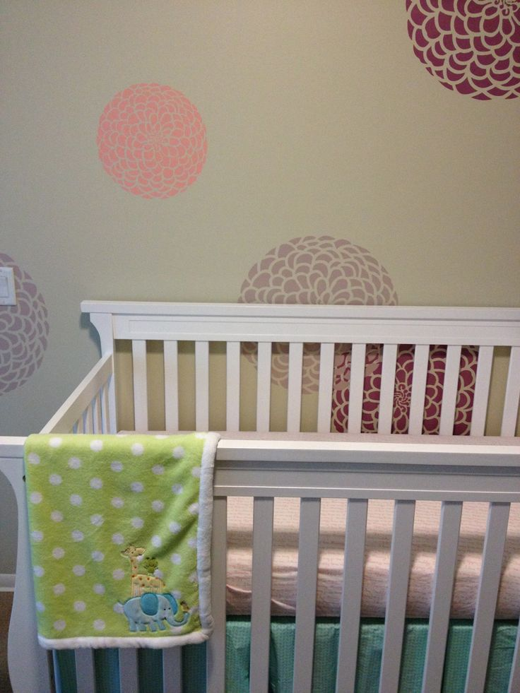 different shades of purple cute baby stuff pinterest green nursery girl nursery and baby. Black Bedroom Furniture Sets. Home Design Ideas