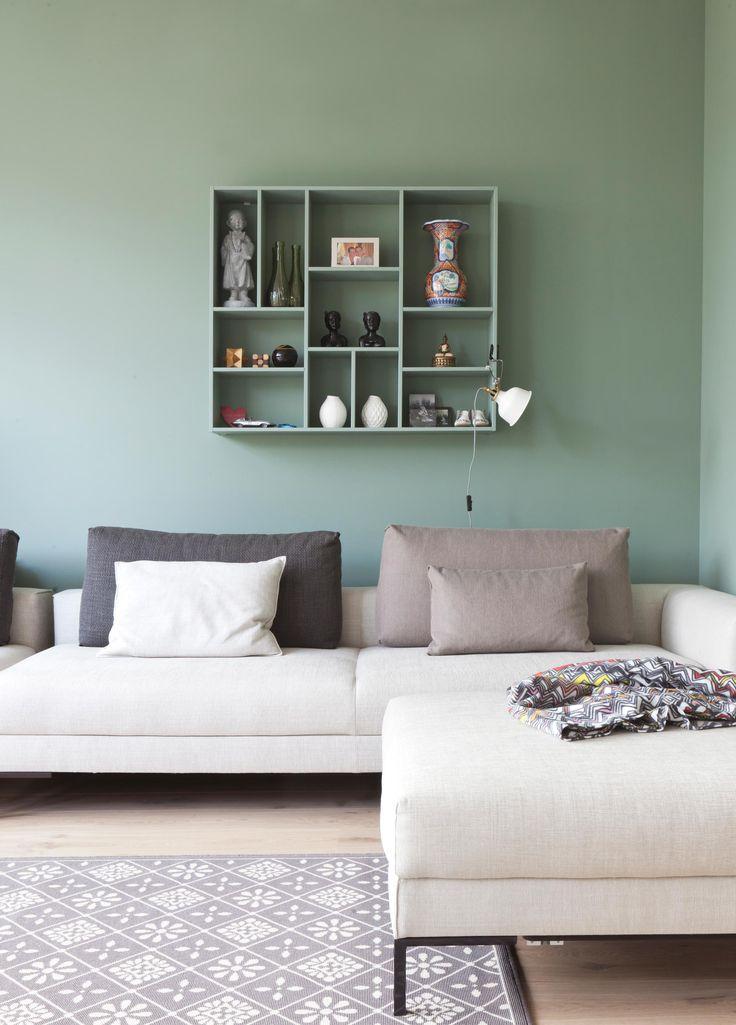 De mooie vergrijsd groene kleur Cassave.