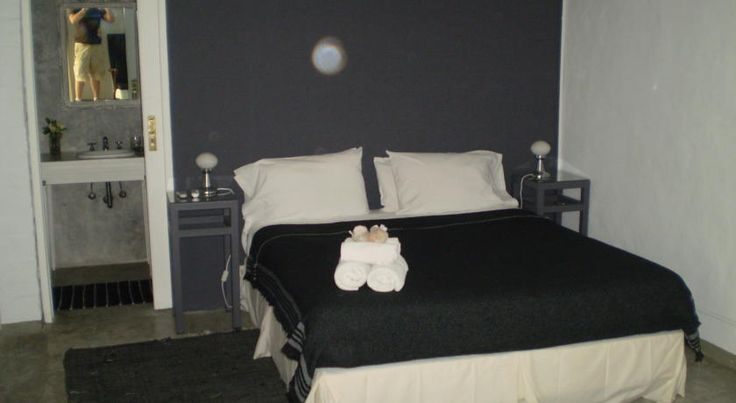 Palermo Viejo Bed & Breakfast Buenos Aires Situated in an old railway-style home and former factory in the Palermo Soho district, Palermo Viejo Bed & Breakfast offers comfortable rooms with air conditioning and cable TVs. Free WiFi access is available throughout the property.
