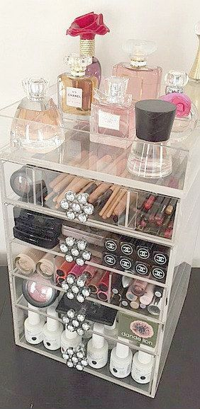 Make-up Revolution definieren und verbergen Foundation. Makeup Organizer Glas dein Mak …   – Makeup Organization and Storage