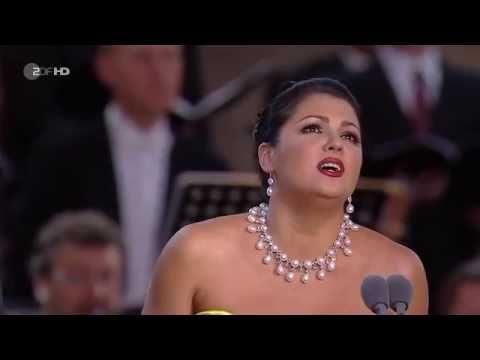 Anna Netrebko and Jonas Kaufmann sing Pardonnez Toi! Vous! Oui!