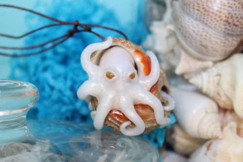 Octopus inside a seashell/ pendant necklace jewelry/handmade polymer clay