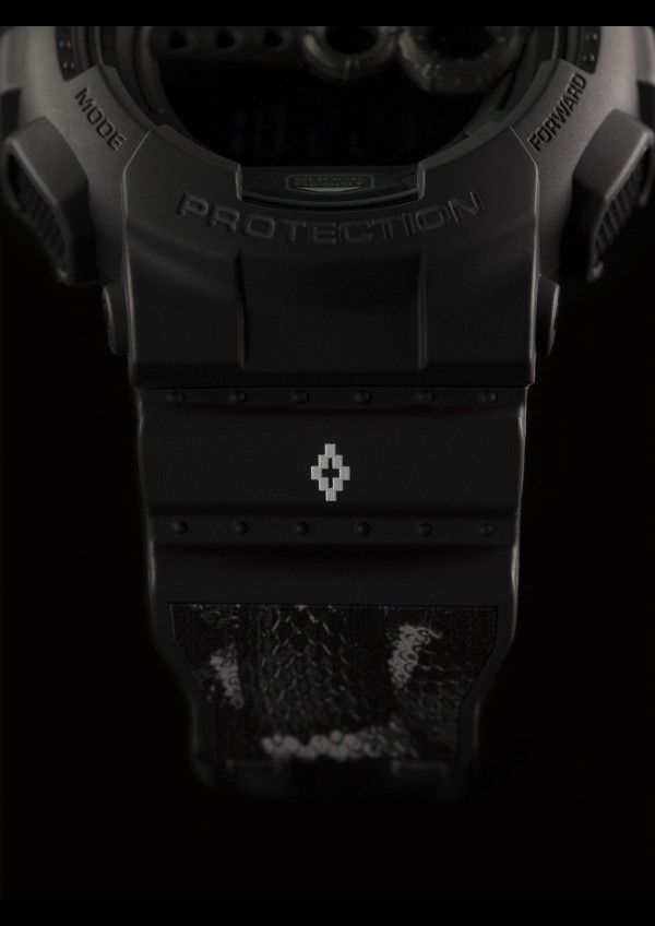 G-SHOCK x MARCELO BURLON COUNTY OF MILAN ALLOVER SNAKE