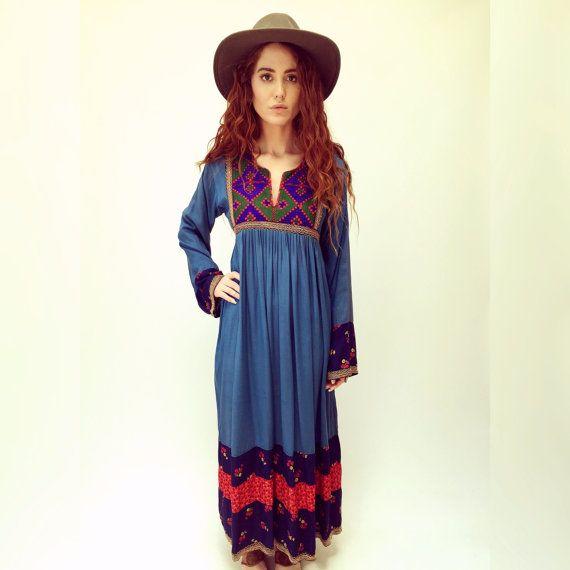 Afghaanse jurk / / vintage jaren 70 jaren 1970 geborduurd etnische boho hippie Indiase hoge taille maxi hippie bohemian gypsy blauw katoen 60s jaren 1960 / / S/M