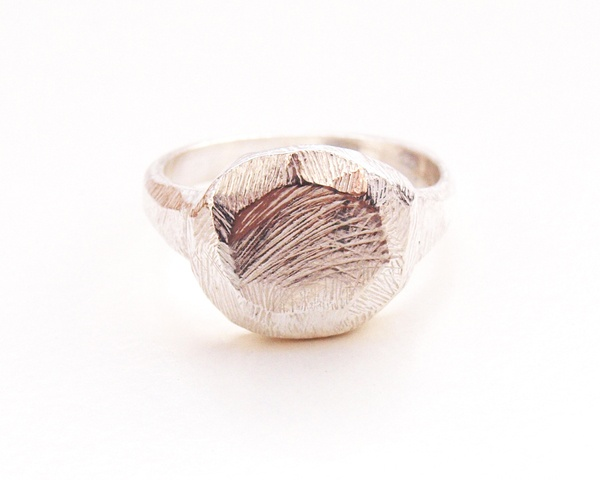 the perfect ring - kerrie yeung.