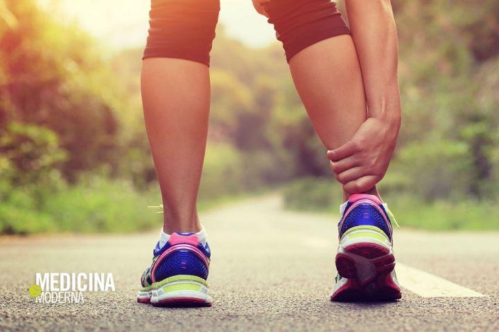 Tendine d'Achille, sportivi a rischio. In caso di infiammazione al tendine calcaneale localizzato sulla caviglia, l'ecografia muscolo-tendinea consente di condurre una diagnosi accurata. Il Dott. Gianmarco Dazzi, specializzato in radiodiagnostica, ci racconta quali sono le indagini diagnostiche attualmente disponibili: https://www.medicinamoderna.tv/tendine-dachille-sportivi-a-rischio.b1890.html