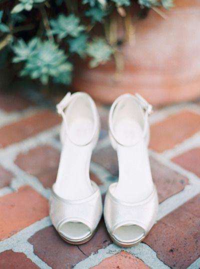 Silver shoes: http://www.stylemepretty.com/little-black-book-blog/2015/03/13/colorfully-elegant-casa-feliz-wedding/ | Photography: Josh & Rachel Best - http://joshandrachelbest.com/