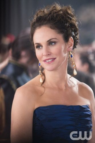 """Reign -- """"Consummation"""" -- Image Number: RE113a_322.jpg -- Pictured: Amy Brenneman as Marie de Guise -- Photo: Christos Kalohoridis/The CW -- © 2014 The CW Network, LLC. All rights reserved."""