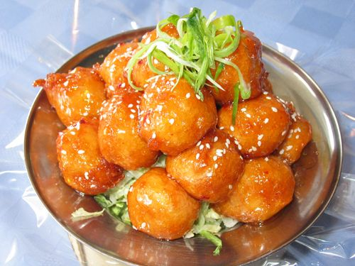 Sweet and Sour Chicken  This picture, pinned from from Golden Dragon Restaurant in Florida looks very much like my home made version of chicken.    Link to Golden Dragon is attached,    Here is my tried and true recipe.  This is a family favorite.      1 chicken breast, cut up into 1-inch cubes  Cooking oil for frying    Batter:  1/2 cup flour  1/4 cup corn starch  salt  1 tsp baking soda   3/4 cup water, cold    Garnish:  1 tomato  Sesame seeds  1 Greep pepper, sliced  1 can Pineapple…