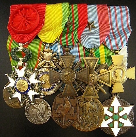OFFICER-FRENCH-FOREIGN-LEGION-VIETNAM-DIEN-BIEN-PHU-MEDAL-GROUP