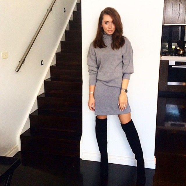 Rozalia Russian wearing the Carolina Boots