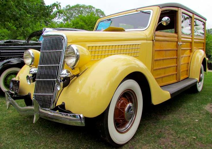 "1935 Ford ""Woody """