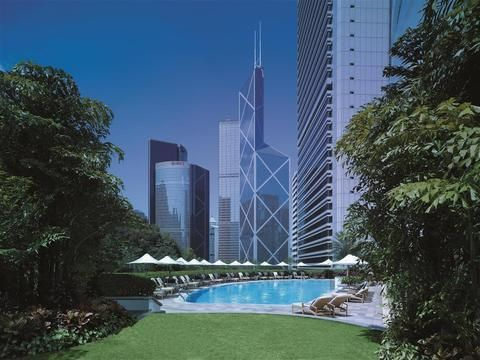 OopsnewsHotels - Island Shangri-La Hotel. 5 Stars Hotels with Spa and Wellness Centre and guest rating Superb 9, Hong Kong. Situated in Central, Island Shangri-La Hotel provides modern accommodation with superior facilities. Featuring views of Victoria Harbour and Victoria Peak