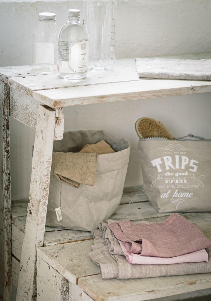 Ogni cosa al suo posto. #bathroom #essential #k-lab #design #phrase #trip #recycle