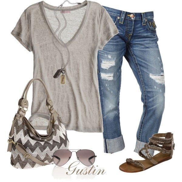 Love this casual relaxed weekend look.