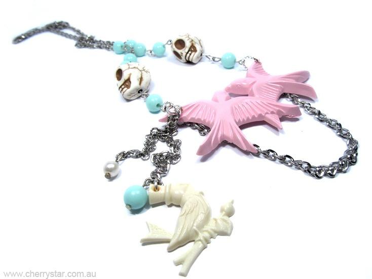 Birdies Necklace