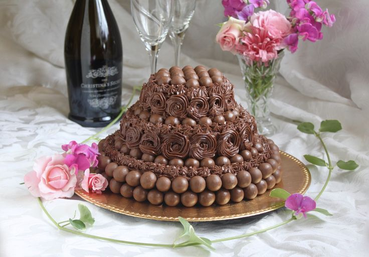 Versatile Maltesers Chocolate Cake - Harry Potter Theme, for a Birthday or Many Other Celebrations! - Christina's Cucina