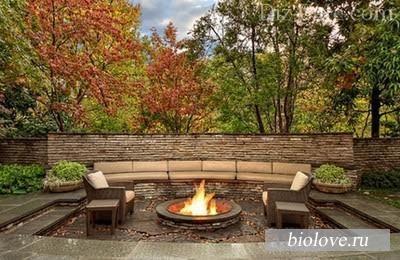Строим осенний садовый камин