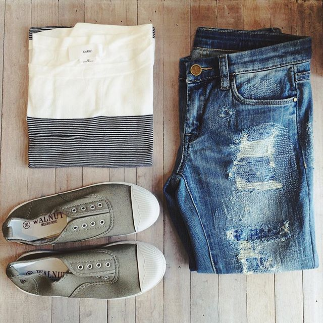 The perfect relaxed weekend outfit. New stripe top from @charli_london $175, jeans from @blanknycjeans $189, sneakers from @walnutmelbourne $49.95 #marshmellowboutique #weekend #casual #relaxed #outfit #ootd #flatlay