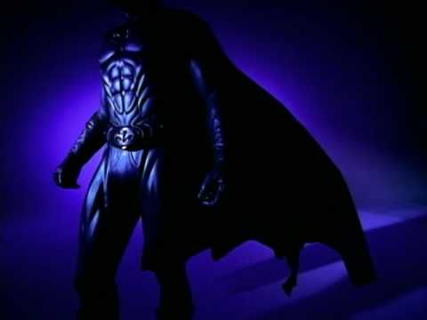 R. Kelly performing Gotham City. (C) 1997