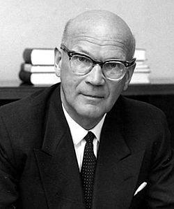 Urho Kaleva Kekkonen, Suomen tasavallan 8. presidentti (president of Finland) during 1.3.1956–27.1.1982.